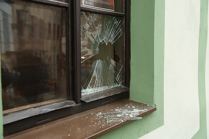 A2B Glass are able to board up broken windows while they are being repaired in Rushden.